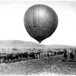 Balloon Corps balloon advancing on Johannesburg with the 8th RFA.