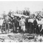 General Cronje with 'Long Tom' at Mafeking.